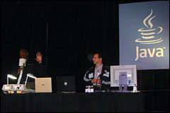 JavaOne: Mobility General Session Shows Developers What Java Can Do On Mobile Devices, part 1