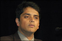 LinuxWorld Keynote: Nationwide&#8217;s Guru Vasudeva: IT Simplification via Linux Virtualization