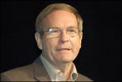LinuxWorld Keynote: Intel's Richard Wirt: Grid Computing Part 1