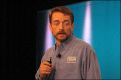 IDF Keynote: Gelsinger Promotes Quad-Core and More